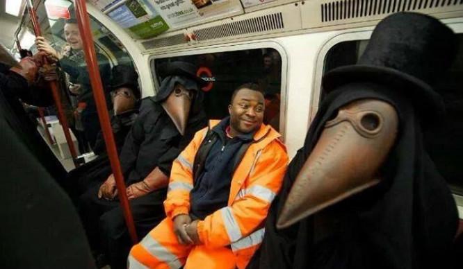 london-awkward
