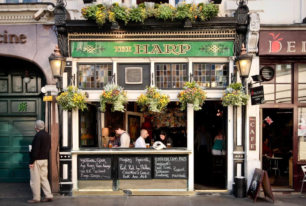 pubs-queen-london-5