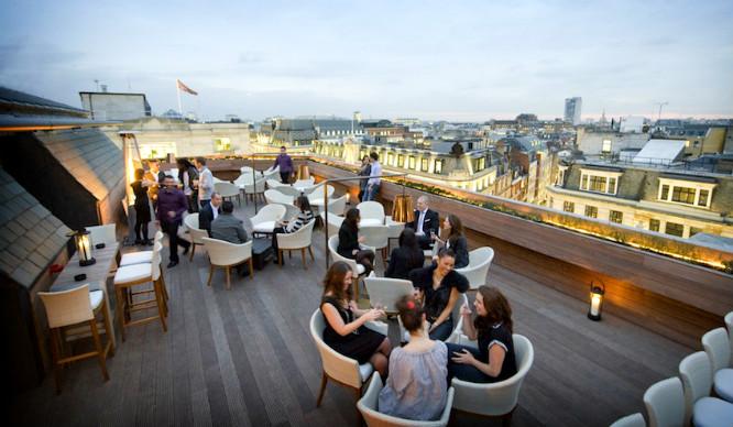 aqua-rooftop-feature