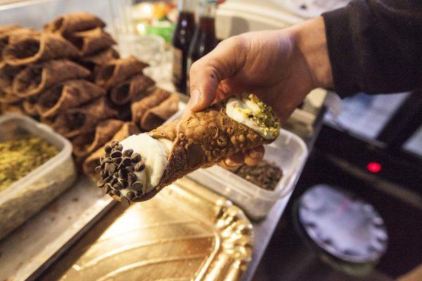 london-italian-cannoli-food-italy-market