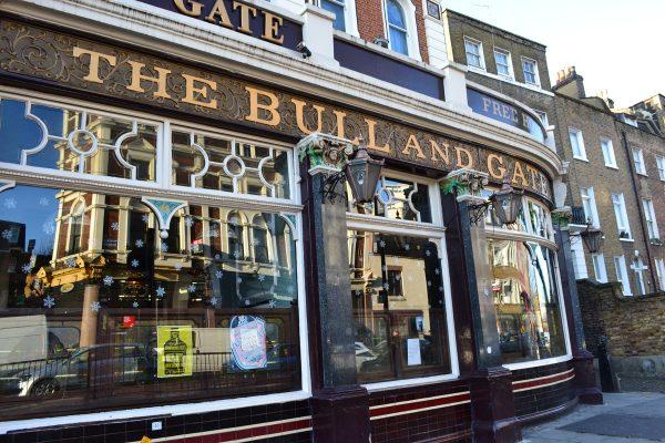 bull-and-gate