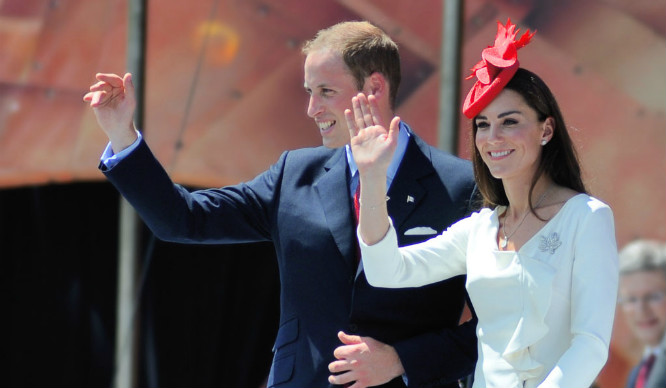 will-and-kate-wave-royal-family