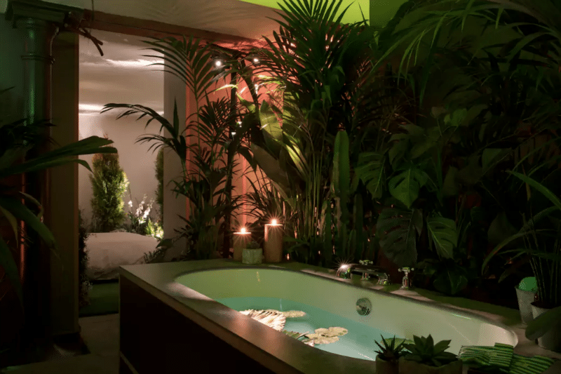 airbnb-jacuzzi