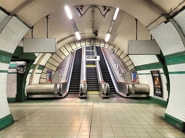 kilburn-park-escalators-london