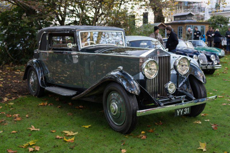 classic-car-show-vintage-belgravia-london
