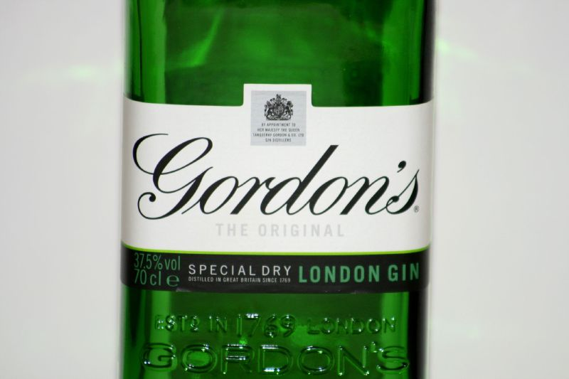 gordons-gin-london-dry-facts