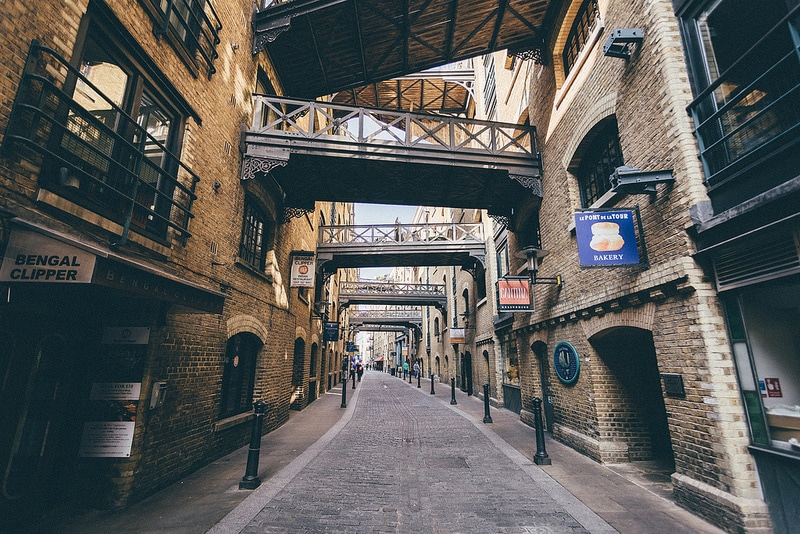Shad Thames • This Victorian Warehouse District Is A Photogenic Street