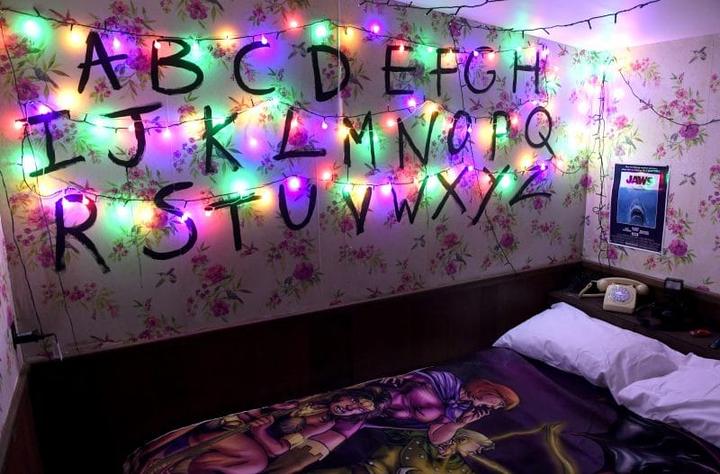 bed-binge-netflix-london