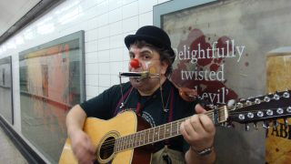 london-busking-license-underground-tube