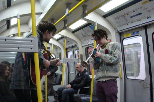 busking-london-tube