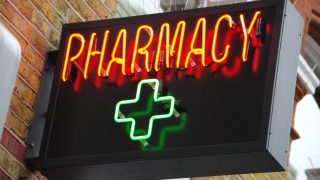 pharmacy-cocktail-bar-london