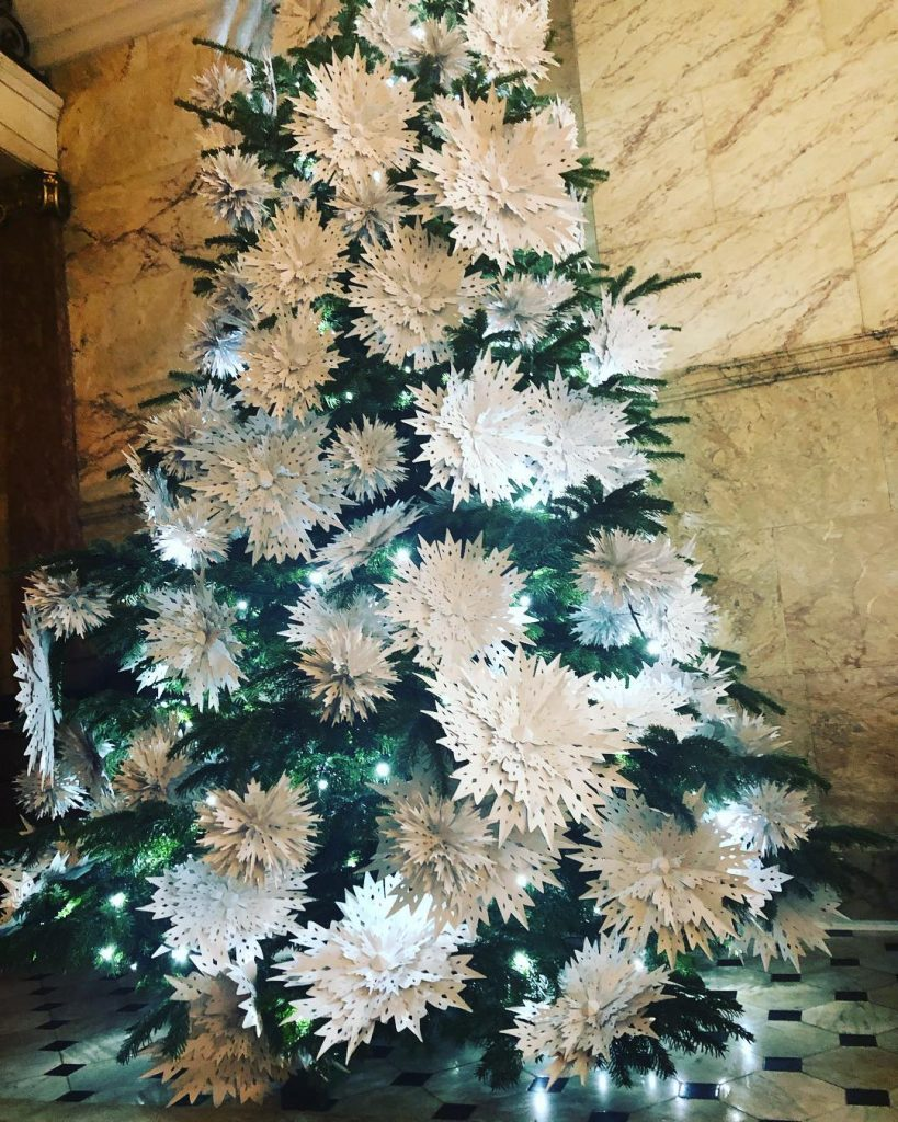 12 Christmas Tree.London Christmas Trees 13 Designs That Are Simply Treemendous