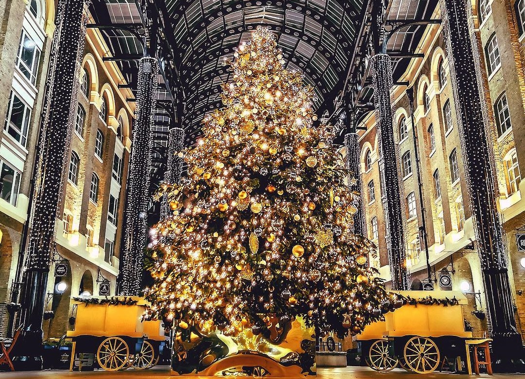 Christmas In London.London Christmas Trees 13 Designs That Are Simply Treemendous