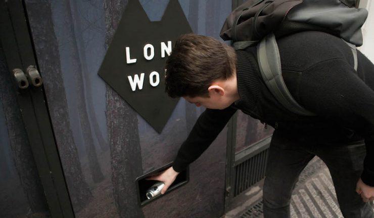 Gin and tonic vending machine