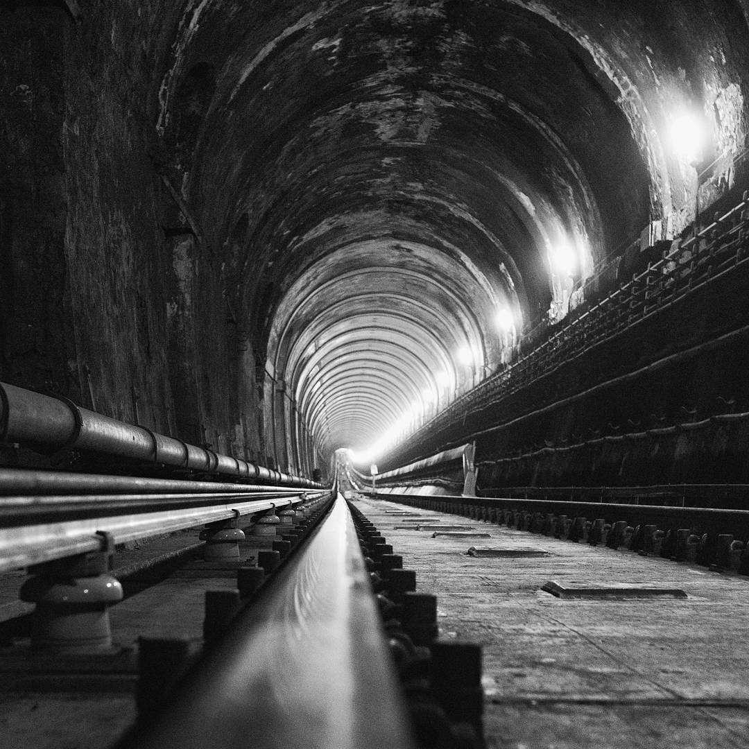 Black and white photo theundergroundperson