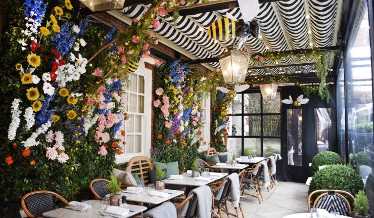 dalloway-terrace-spring-bee-theme