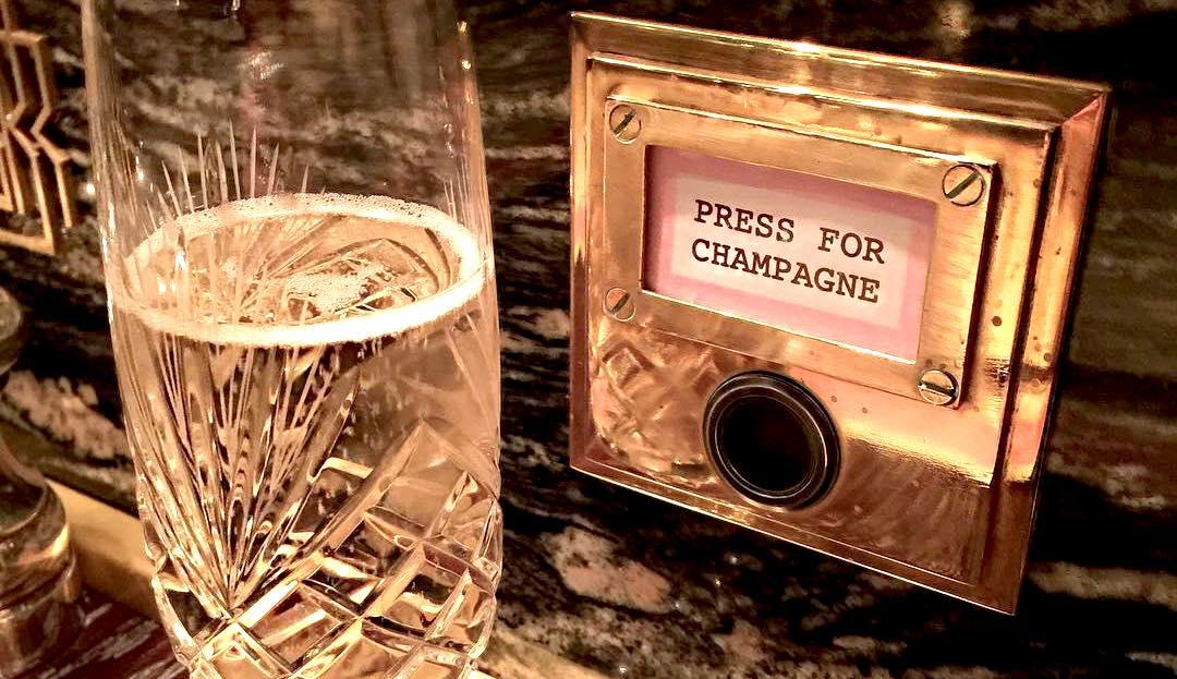 Bob Bob Ricard Push for Champagne button