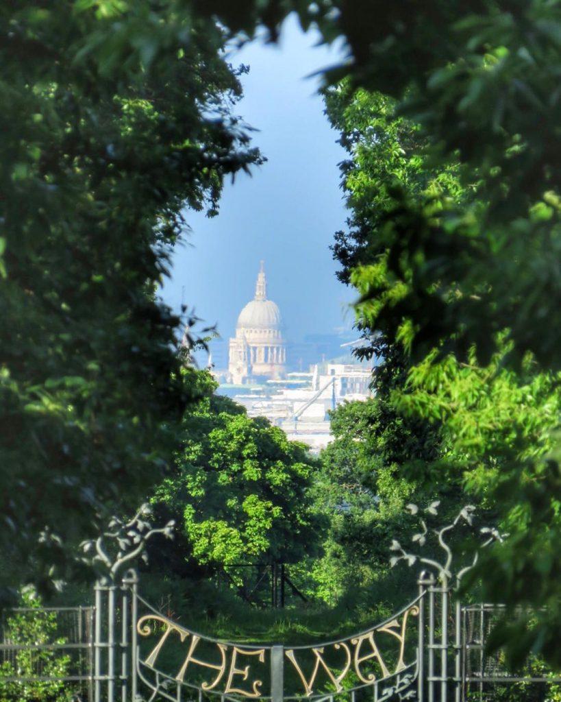 King Henry's Mound Richmond Park