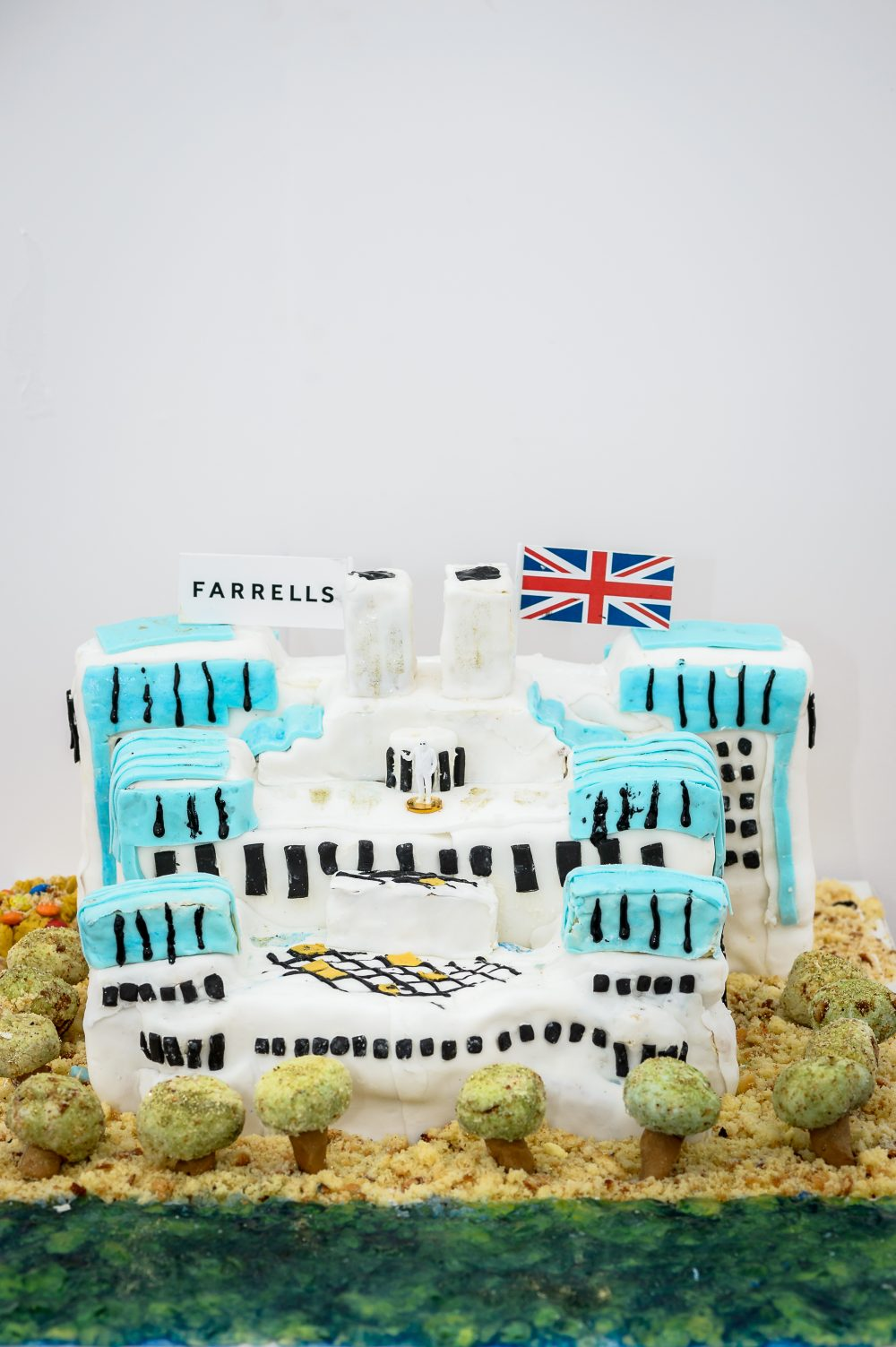 YES WATG's Great Architectural Bake Off 2018 - MI6 by Farrells © WATG