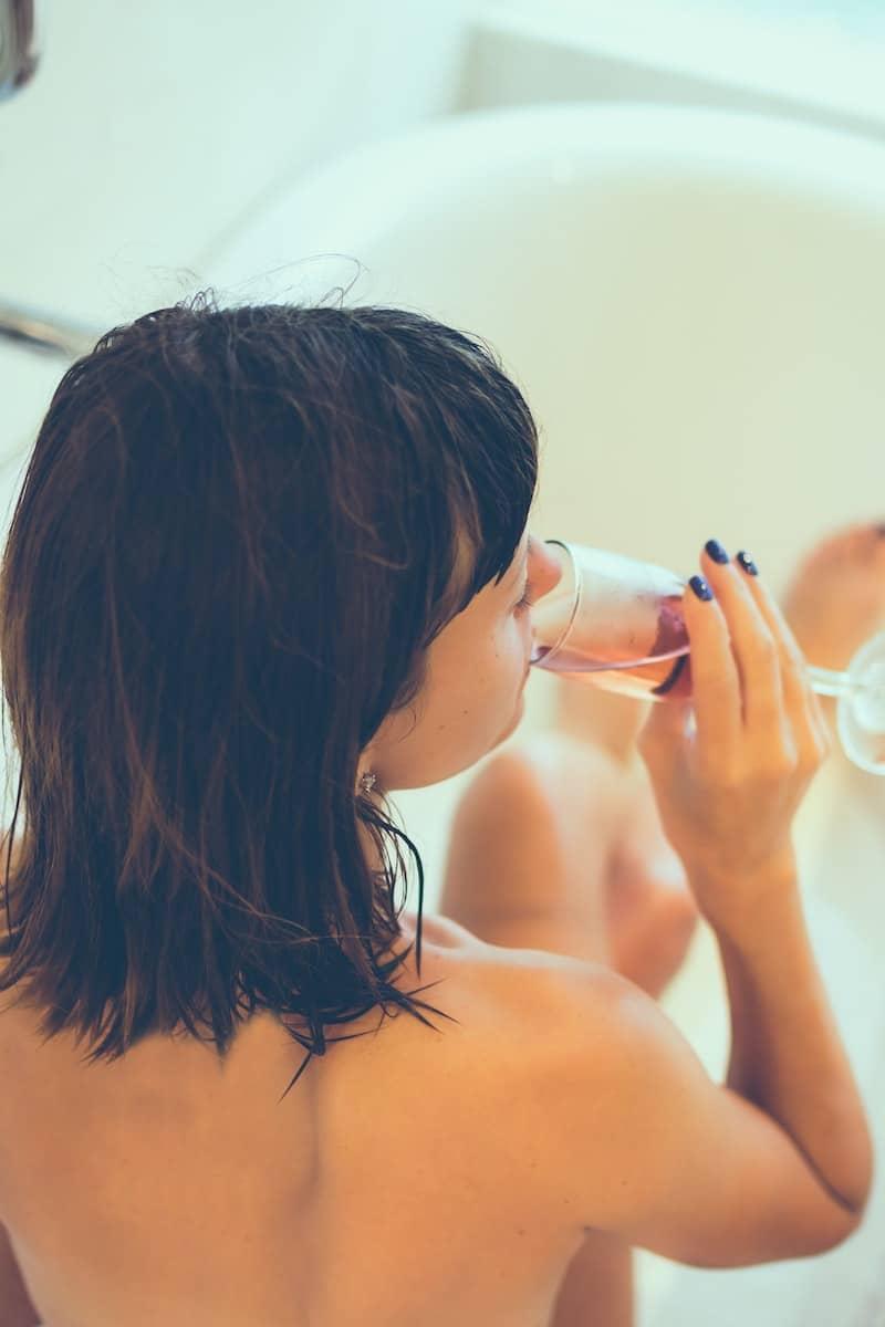 Hot baths healthy benefits