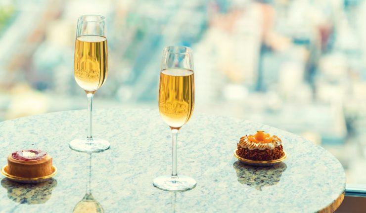cake-bubbles-dessert-restaurant
