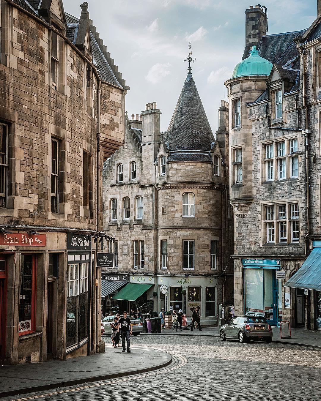 edinburgh-uk-city-breaks