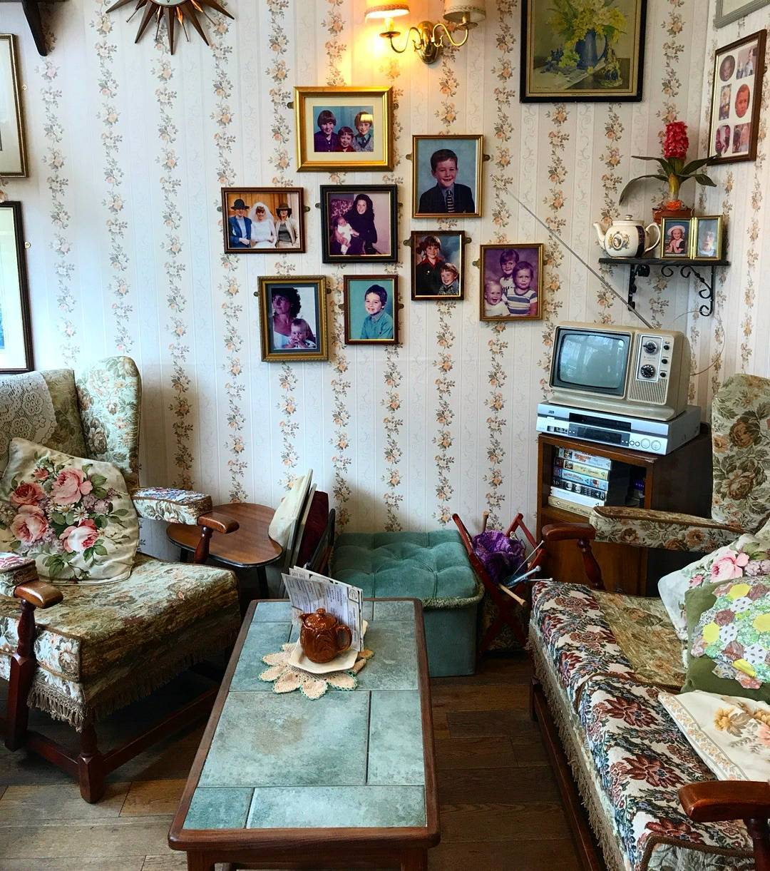 edith-house-living-room