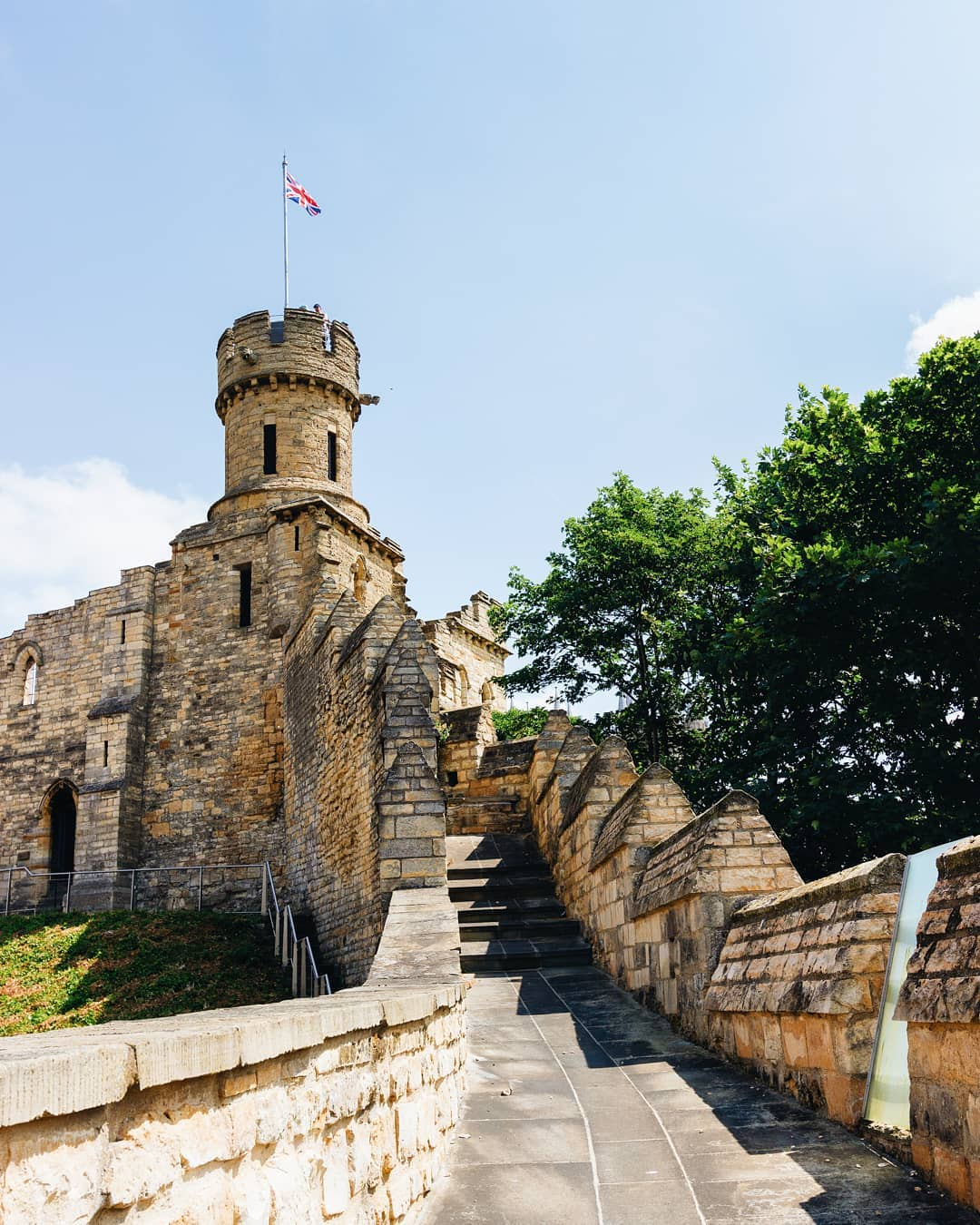 lincoln-castle-uk-city-break
