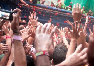 tomato-throwing-festival-tomatina-london
