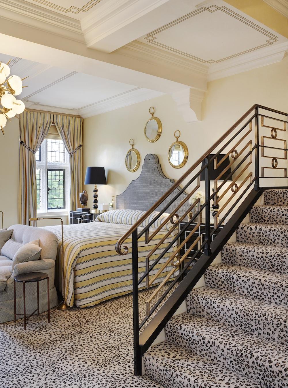 meghan-milestone-hotel-suite