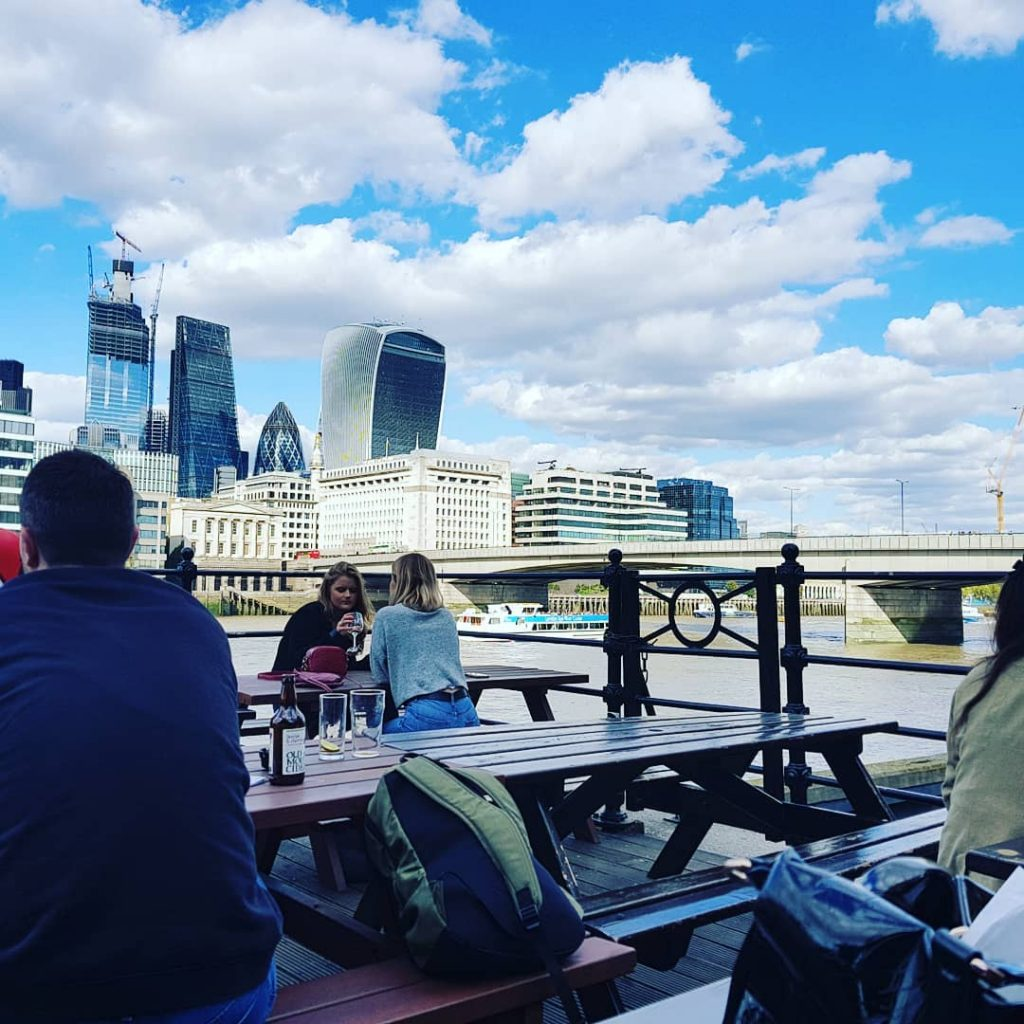 London Bridge pubs