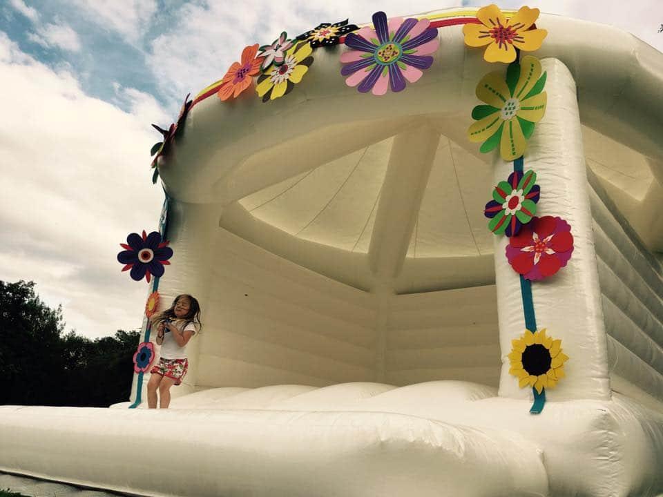 wedding-bouncy-castle-floral