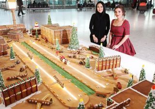gingerbread-heathrow-airport-structure