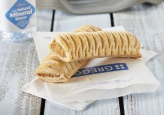 NEW-Vegan-Sausage-Roll