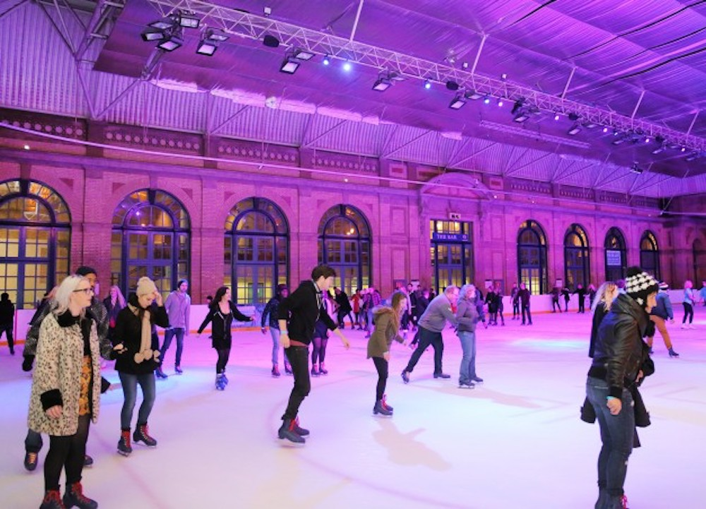 ice-rink-london-ally-pally