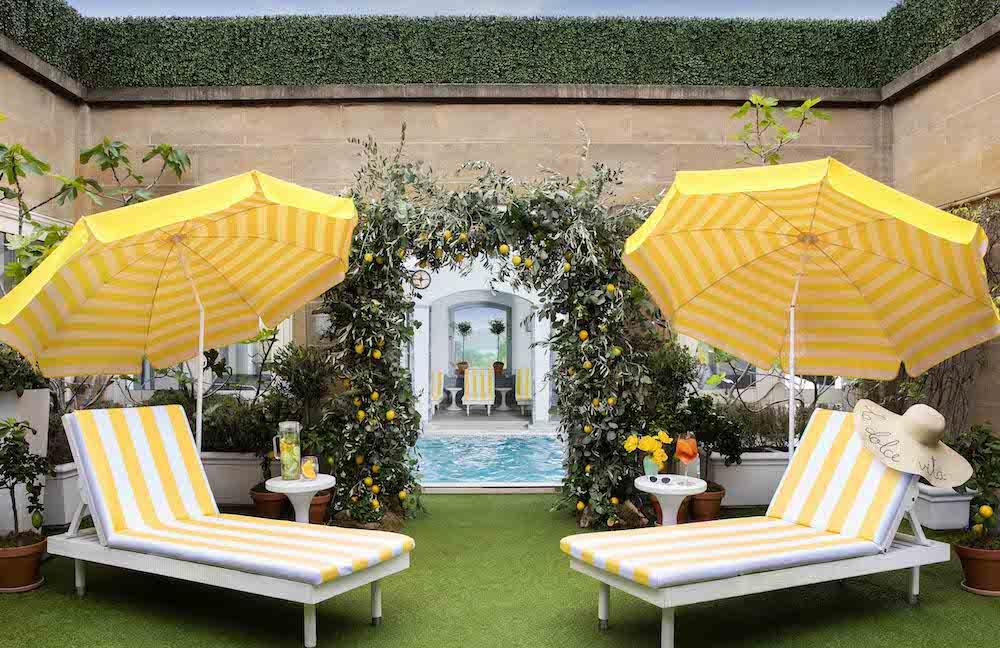 La Dolce Vita — Sunbeds and Pool