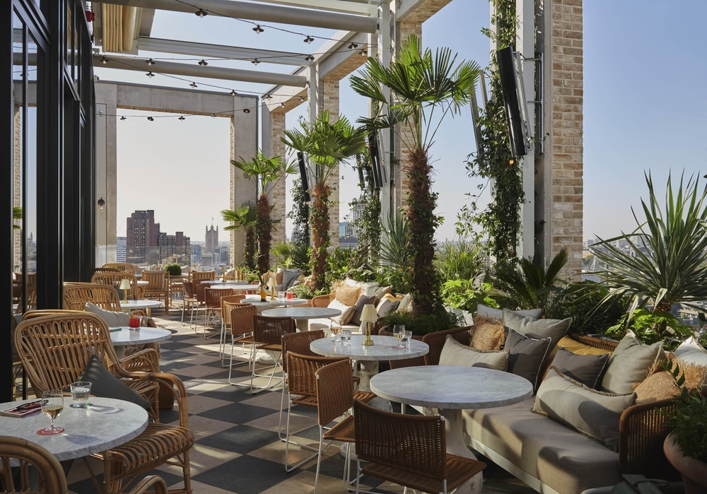 Seabird This Rooftop Restaurant Boasts London S Largest