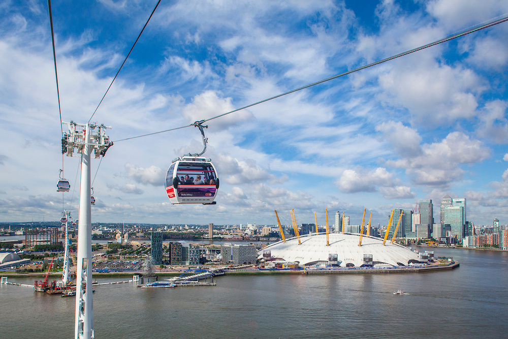 Building the Emirates Airline, London