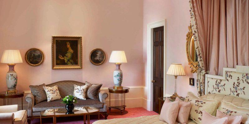 bedroom-elegant-hip-living