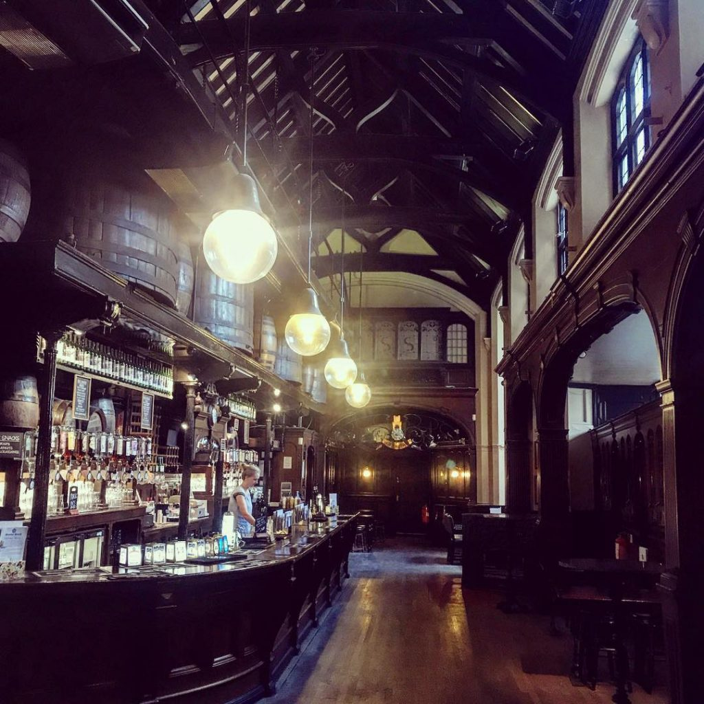 Oldest pubs in London - Citte of Yorke, Holborn