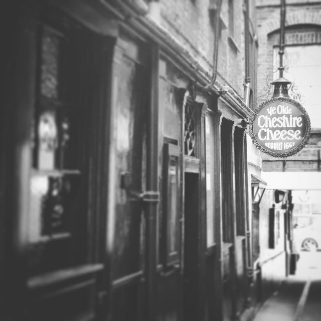 Oldest pubs in London, Ye Olde Cheshire Cheese, Fleet Street