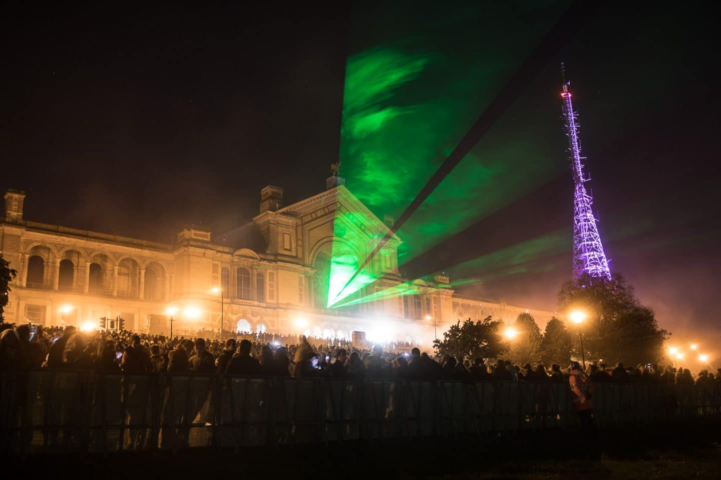 AllyPally_fireworks160