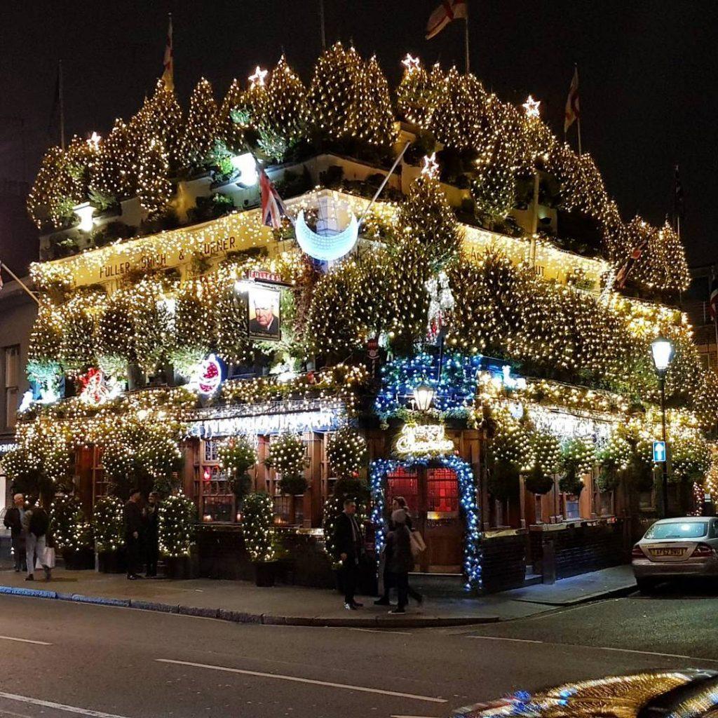 Christmassy pub