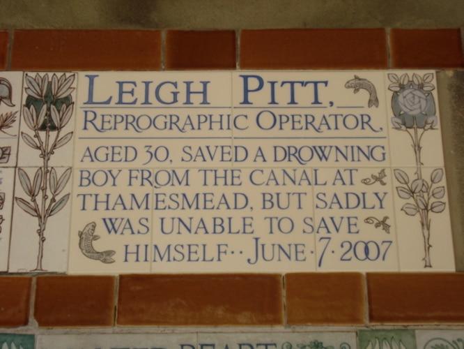Leigh Pitt, Memorial To Self Sacrifice at Postman's Park