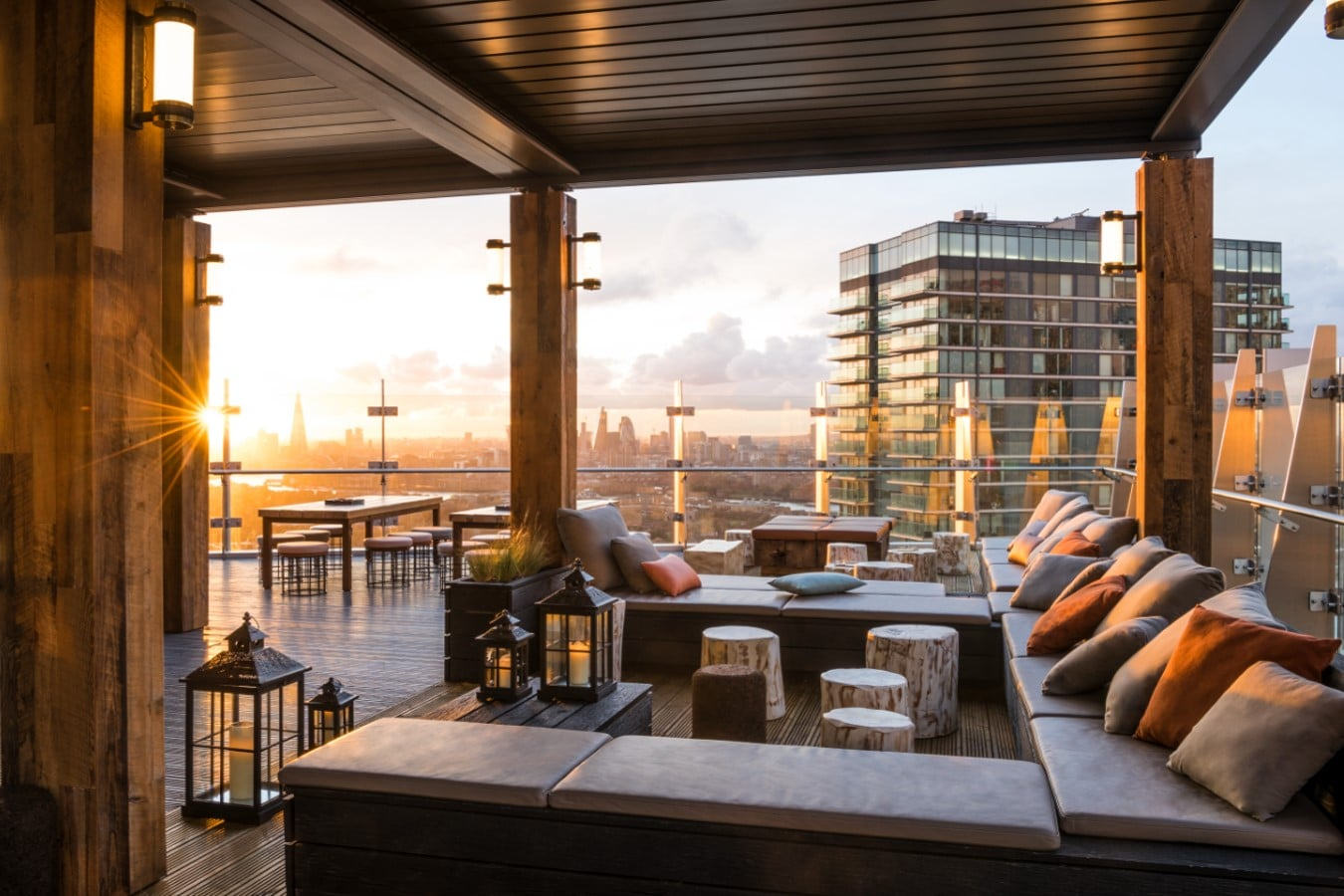 Bokan - Canary Wharf restaurant with view over London