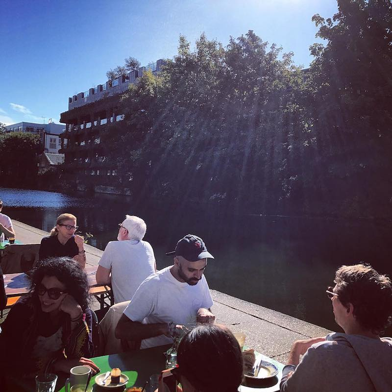 Towpath Cafe Regents Canal