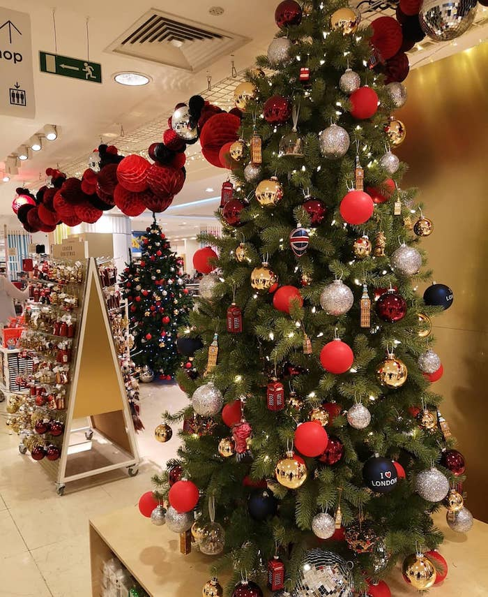It's 30℃ Outside And Selfridges Have Just Opened Their Christmas ...