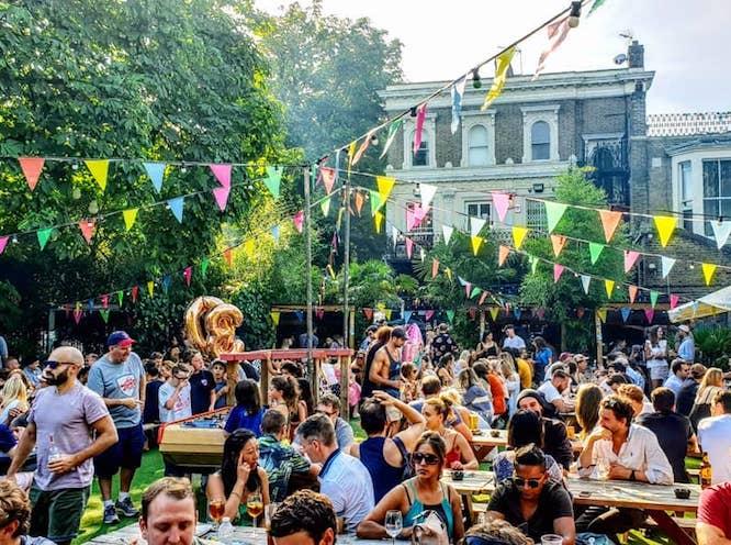 Hackney Pubs Peoples Park Tavern